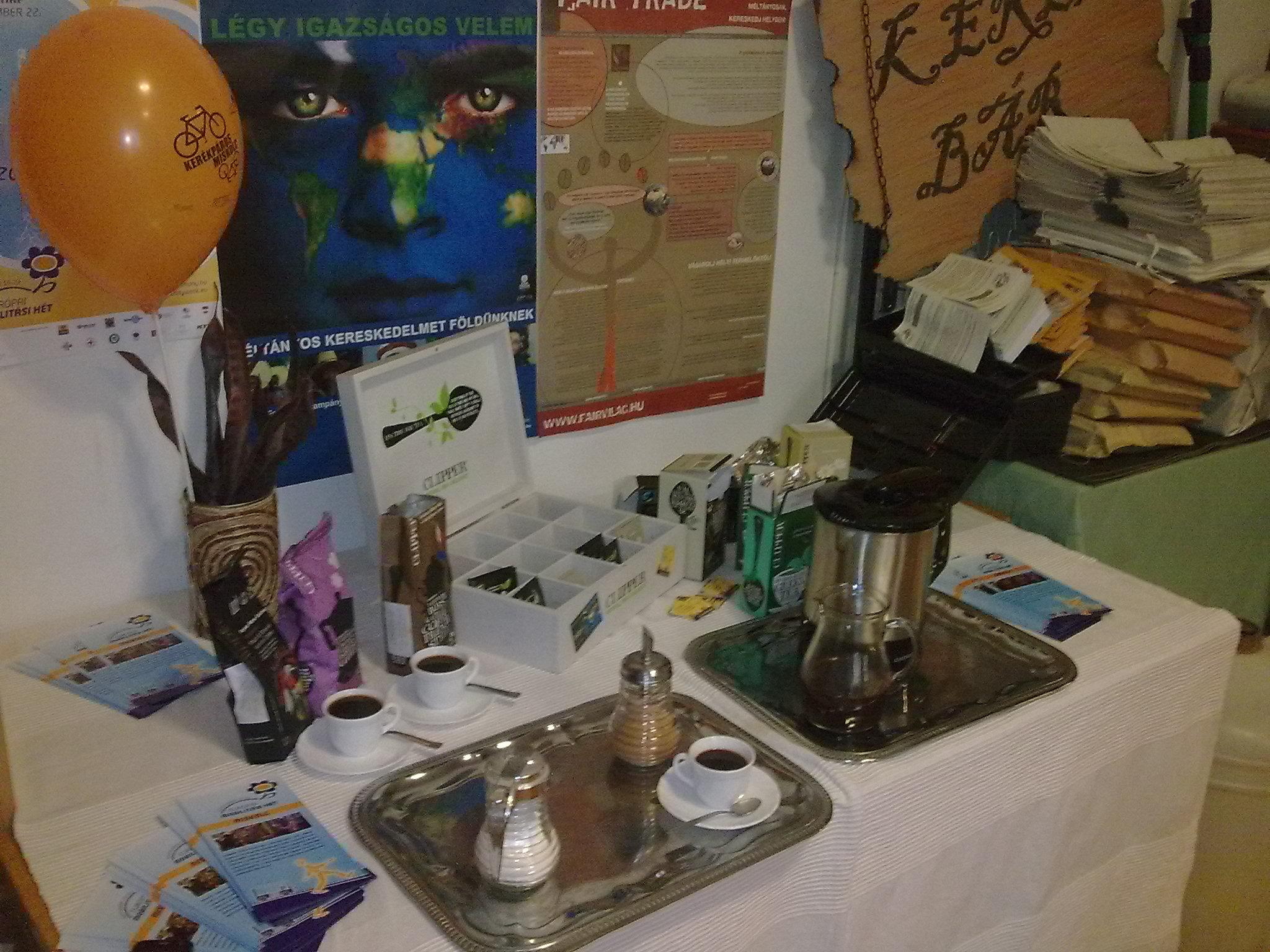 Fair Trade products and leaflets are waiting for the guests…